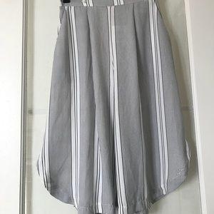 Silence + Noise Capri wide leg pants Boho white